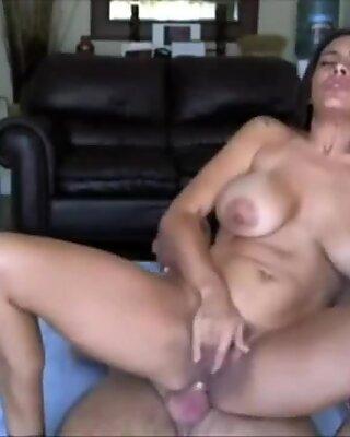 Spanish amateur milf orgasm
