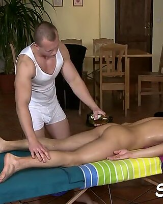 Wild tremors run across twink'_s cock during oral-sex