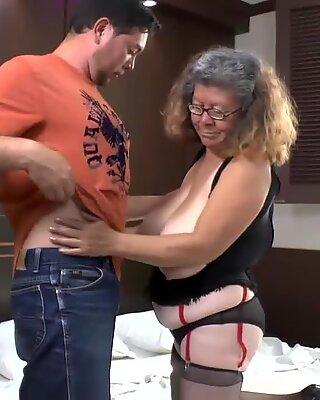 AgedLovE latin mature Brenda Hardcore
