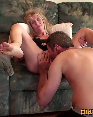 MILF & YOURN FAN SUCCH & FUCK MED PANDHUB MEDLEMENT @SPECIALAGENTMOODYY