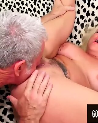 Mature Blonde Taylor Leigh Gets Orally Satisfied Before a Good Pummeling