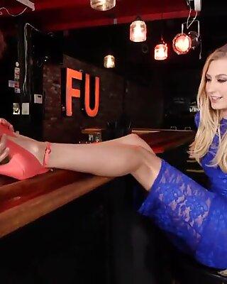 Footfetish loving babe sucks dick in public