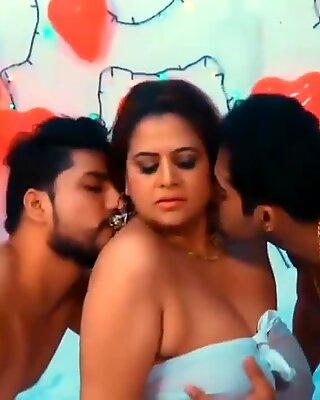 Sappu Sapna Bhabhi Peeping Tom 5 Threesome Hindi Adult Web