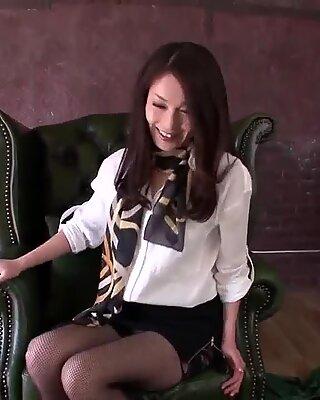 Mei Naomi goes full mode on - More at Slurpjp.com