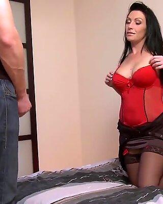 Encul  e par sonnie amant, elle invite son mari cocu    les rejoindre.