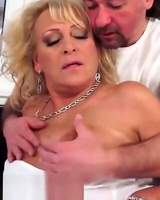 Dicksucking Euro Mamie Baisée de Gros Filee