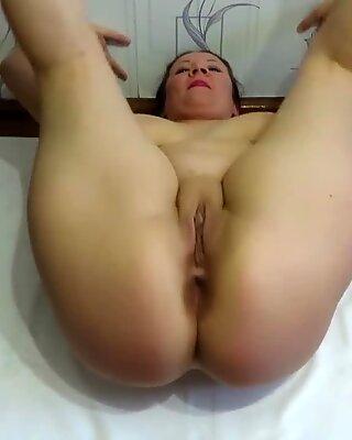 mom's milkshire exercise with hefty boobies