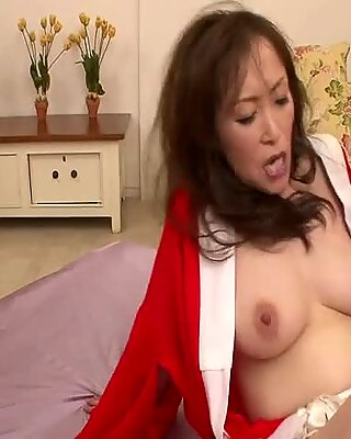 Miyama Ranko MILF Pussy Fucked In A Threesome