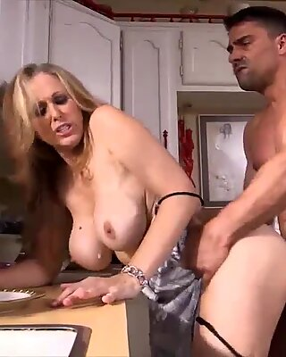 She dont like to cook but likes to fuck which is better