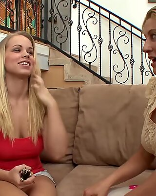 SEXYMOMMA Lesbian Britney Young tongue fucked
