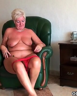 British housewives rather masturbate than do cleaning