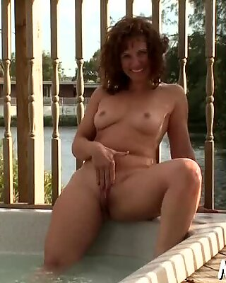 Voluptuous babe is very horny