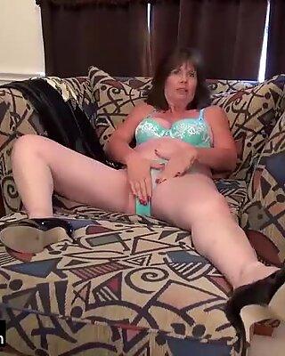 Usawives Compilation de Femme Mûre Clips porno