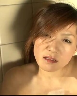 Kaede Ichijou busty doll gets naughty in the shower