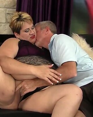 Mature BBW Bonita Latina Fucks Old Man