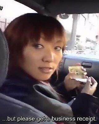 Extremo japonesas publico desnudez compras juerga