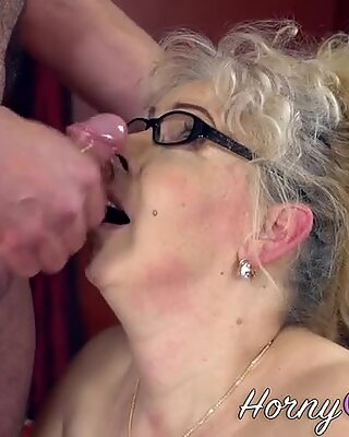 Chubby old lady facial