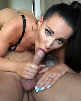 Jess Gives Mike & sloppy blowjob & sixty nine Until Mike Cums All In Her Mouth!