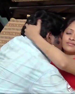 Indiens femme de ménage robe interrupteur et oncle romance