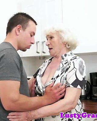 Euros grand-mères hairyposussy baisée