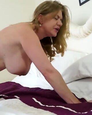 Femme mûre mamans boink jeunes fils