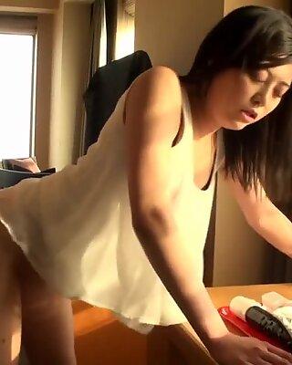 Asiatisk bedragen man fantasi make boss pummel
