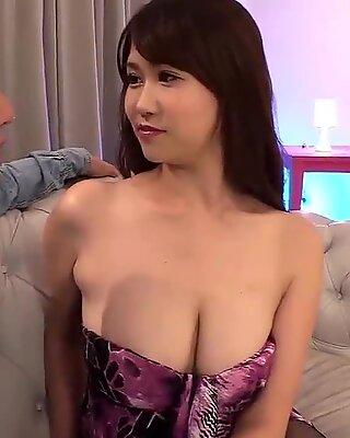 Nice Asian Girl Loves Fucking