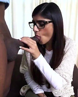 Fat arab man Mia Khalifa Tries A Big Black Dick - Renata Black