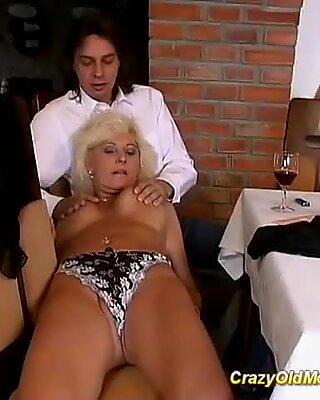 Heta stepmoms första analsex