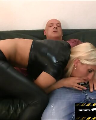 anal invasion internal ejaculation im Pornokino