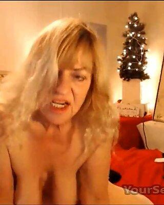 Wild Blonde Mature With Big Saggy Tits Enjoys Both Holes Fuck