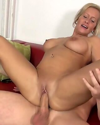 rubdown turns to super hot sex with mom and son-in-law
