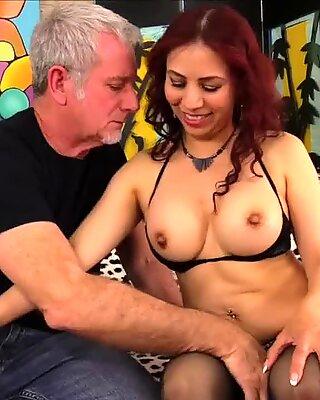 Older Latina Claudia Fox Rides Fat Cock