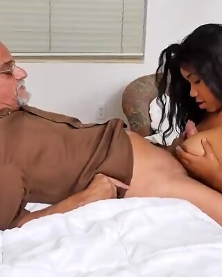 Old granny with big boobs and young Glenn ends the job!