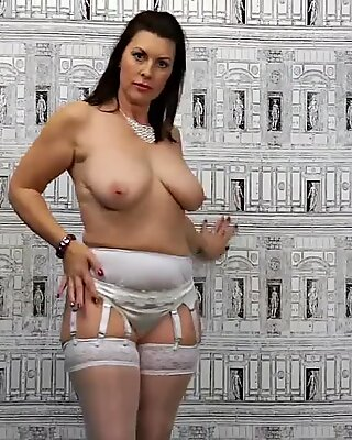 Get to Know a immense 47 yr aged MILF Raven Before She Gets Fucked