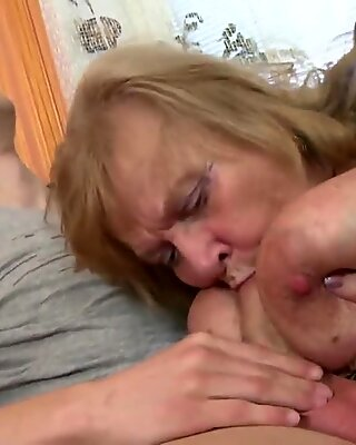 Old granny suck and fuck young boy's cock