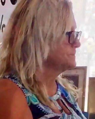 BBW (Belles Femmes Rondes) Blonde Mamie Haut de Gamme Dovial Cul