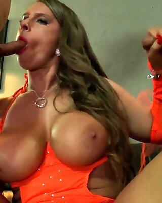 Allemand Maman Salope Sexy Susi Sucking et Pisse