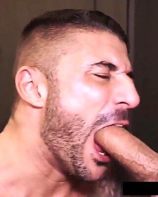 Pakistanais avec une queue énorme baise européen