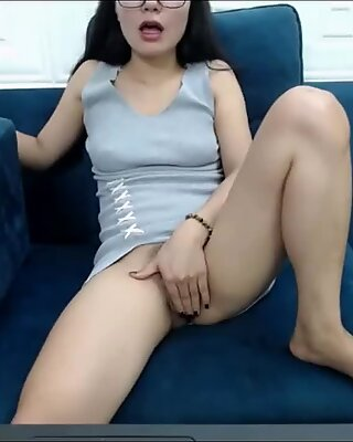 Vietnamese girl is so beautiful