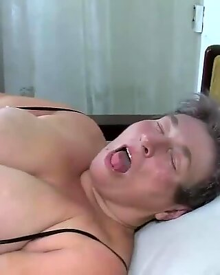 Tyk sengetemor og en burnett