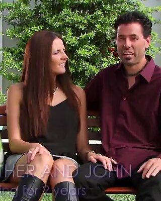 Ronde couple prend confiance après de brèves discussions avec Jessica