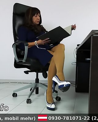 Olgun Kadın Ofiste Domme MIT Yüksek topuklu terlik naylon çorap BAMAKLAR HANINIMEFENDI
